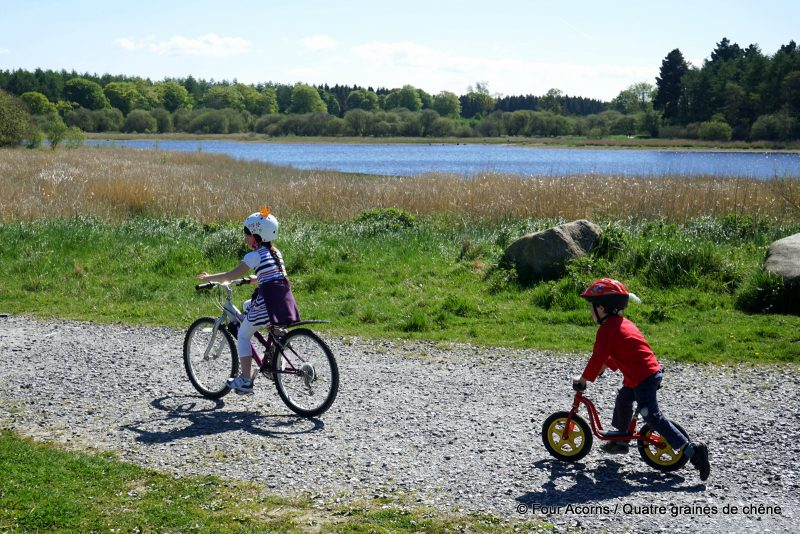 Blessington-greenway-children-cycling-lake