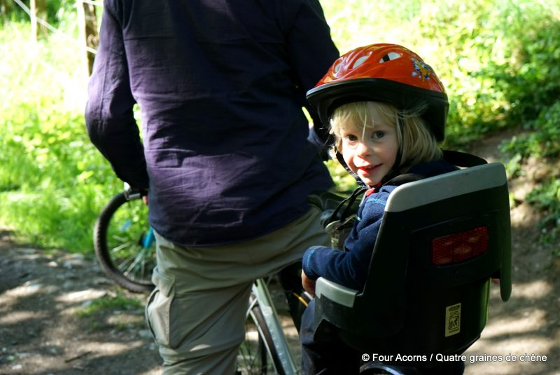 child-cycling-baby-seat