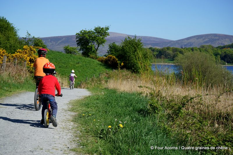 Blessington-greenway-children-cycling-lake-Wicklow