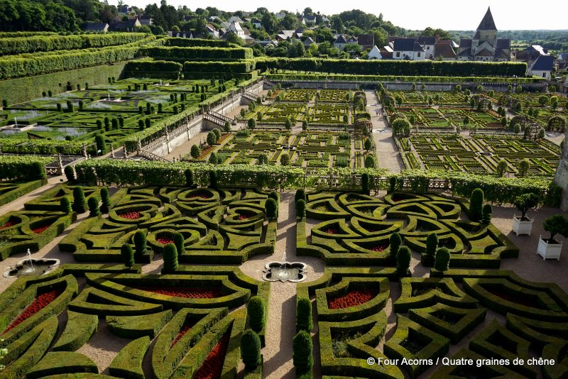 The extraordinary Ornemental Gardens / Les extraordinaires Jardins d'ornement