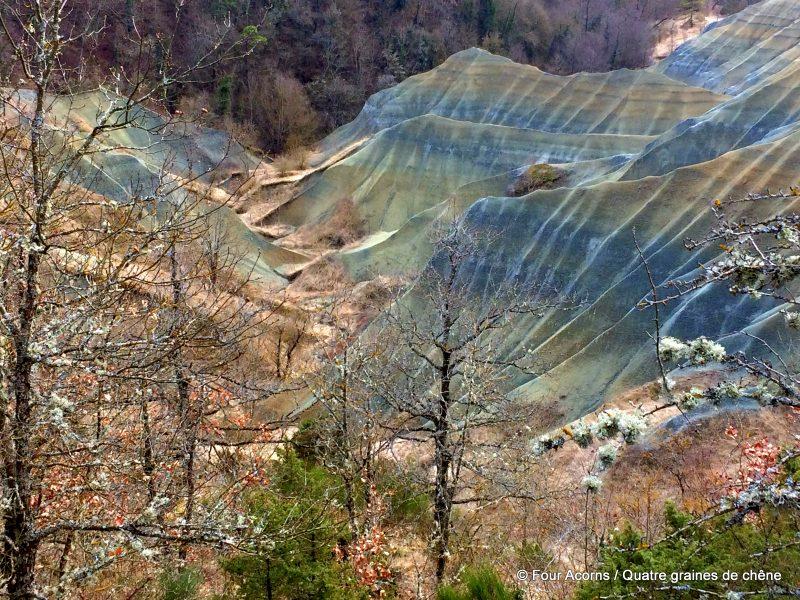 geology, badlands, Auvergne