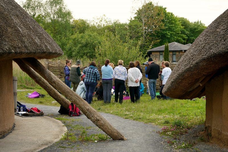 crannog, Irish National Heritage Park, IFSA, Irish Forest School Association, forest school, outdoor learning, Ireland, Irlande, école de la forêt