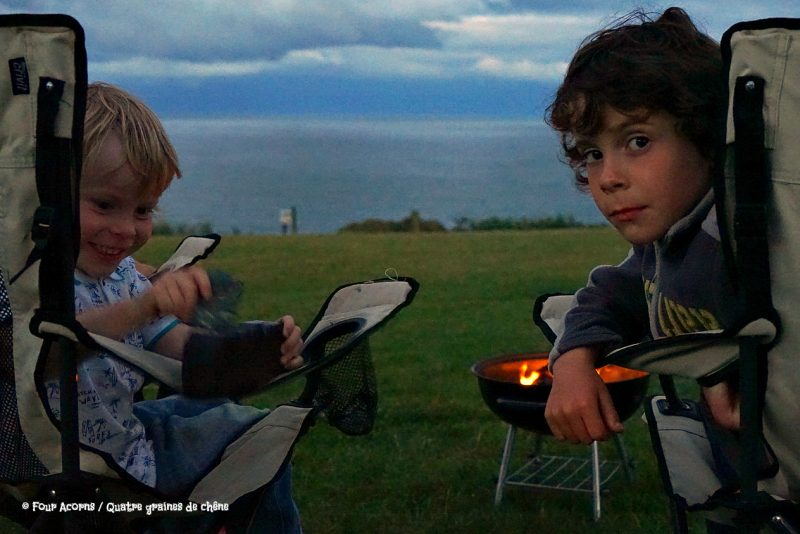 midsummer, camping, Silverstrand, Wicklow, Ireland, Irish Sea, solstice, Irlande, mer d'Irlande, camp fire, feu de camp