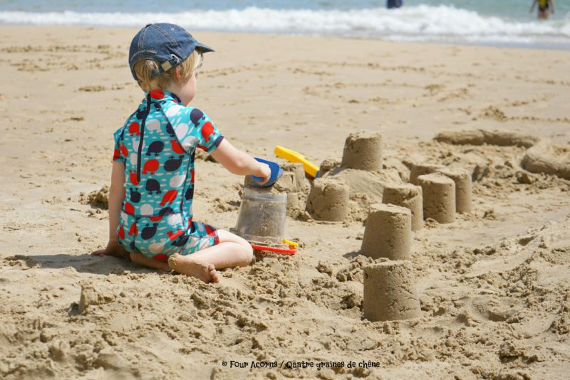 Silverstrand, beach, Wicklow, Ireland, Irish Sea, mer d'Irlande, Irlande, plage, sandcastles, chateau de sable