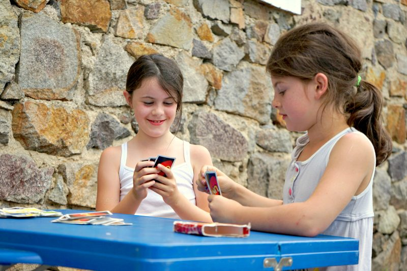 children-game-blue-table-ambert
