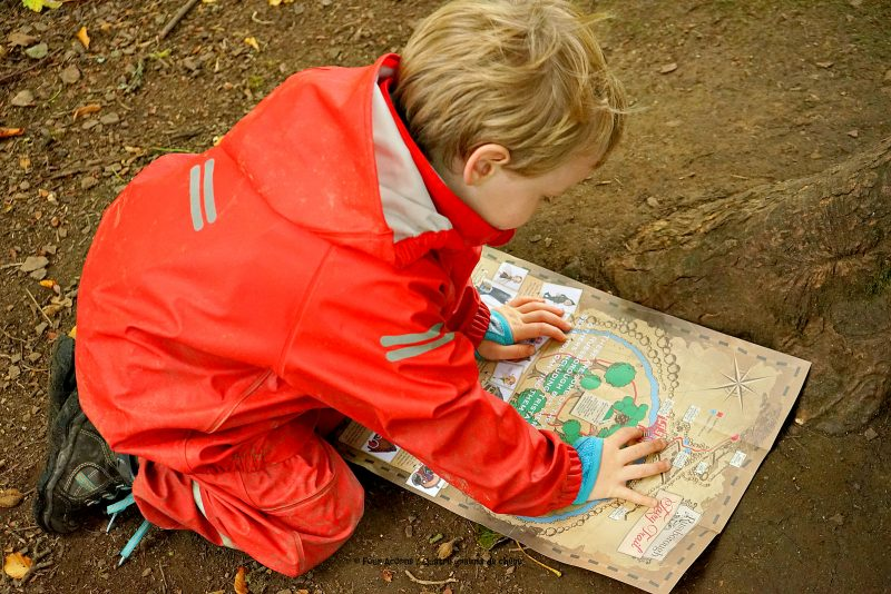 fairy-trail-map-boy-red