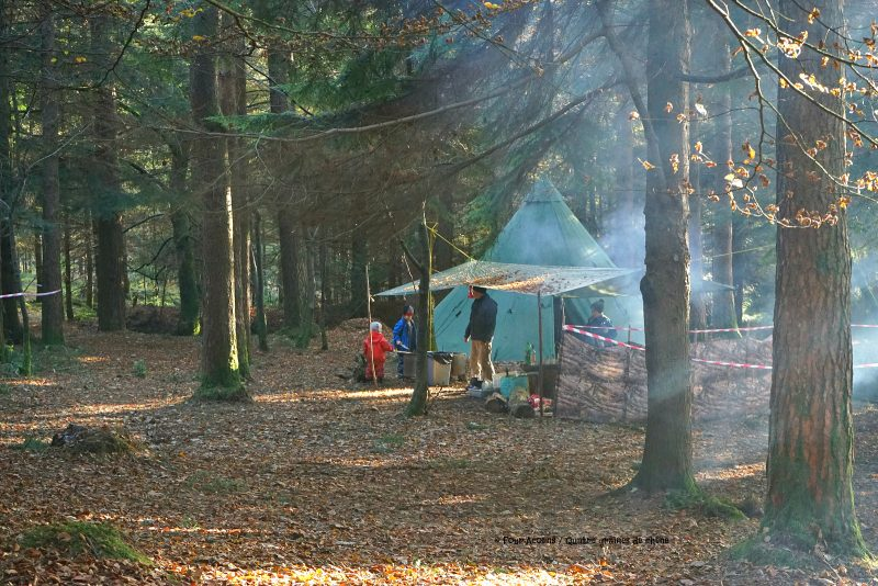 tipi-adventures-camp-family-tarp-forest-smoke