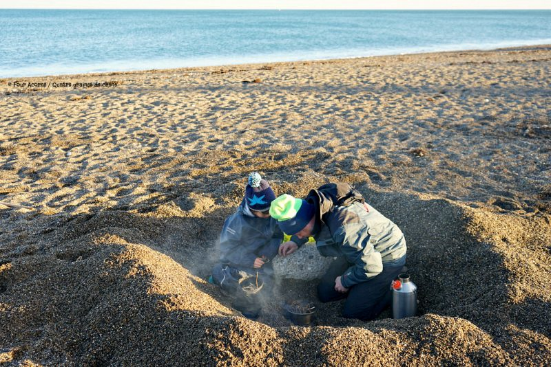 father-son-beach-pit-firing-kelly-kettle