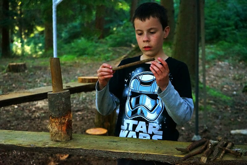 workshop-children-bushcraft-outdoor-play