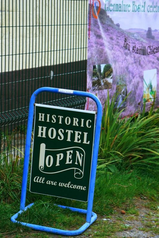 glenmalure-historic-hostel-sign-an-oige