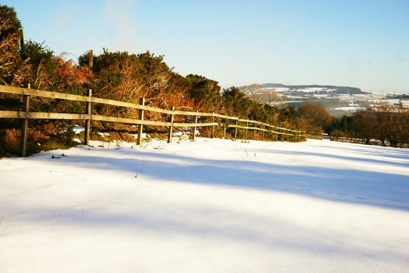 snow-field-fence-winter-wicklow-ireland