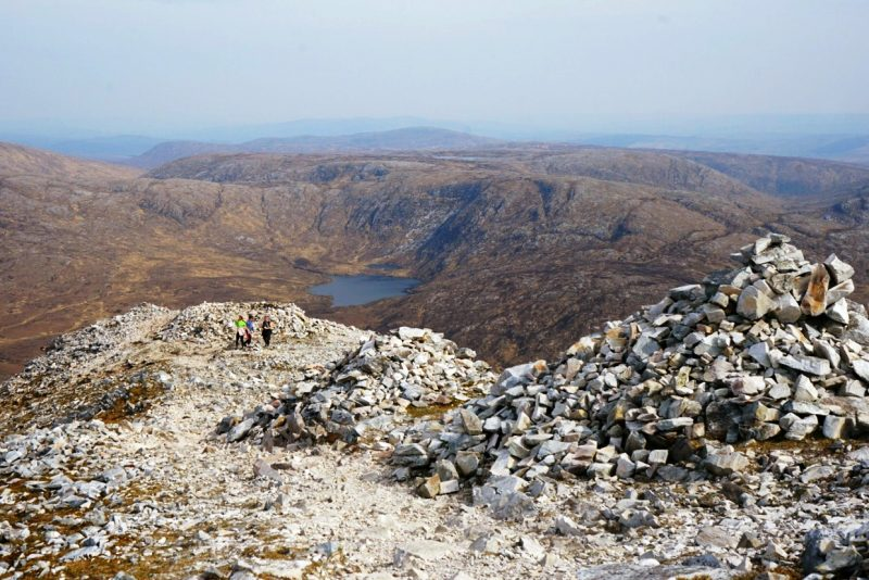 quartzite-stone-cairns-derryveagh-mountains-donegal