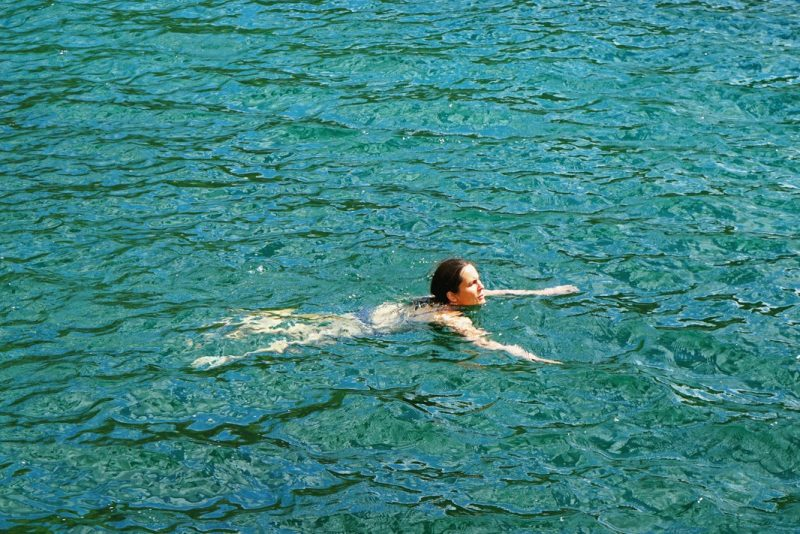 wild-swimming-lac-laramon-alt-2359-mètres-névache-hautes-alpes-france